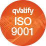 Rund orange cirkel med ISO 9001 skrivet med vit text